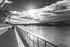 Brve clairice (V.Charvet) Tags: city bridge bw france nikon lyon nb pont ville orage fleuve rhone claircie sone nikond700