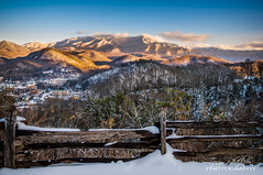 Gatlinburg Overlook (Tony Phillips Photography) Tags: city winter snow mountains nature fence landscape outdoors scenery tennessee gatlinburg overlook greatsmokymountainsnationalpark mountainvista