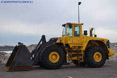 Volvo L220E Loader (Trucks, Buses, & Trains by granitefan713) Tags: volvo bucket front end loader frontendloader frontloader bucketloader wheelloader volvol220e