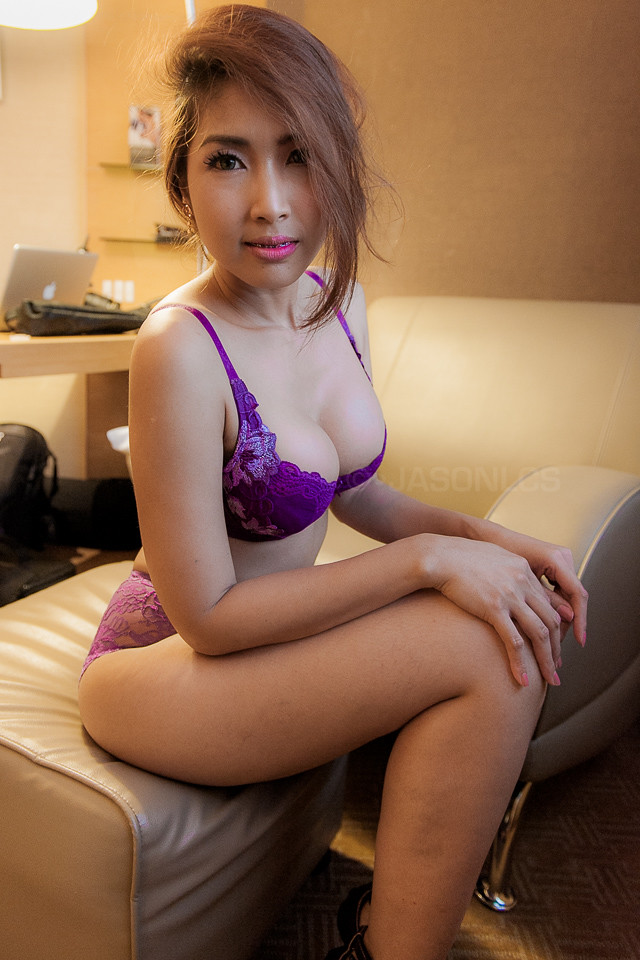 Thai girls in lingerie