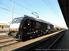 E189-987 ISC (Simone Menegari) Tags: black train traction rail cargo stazione treno lavoro cremona elettrico ferrovia locomotiva locomotore cisterne e189