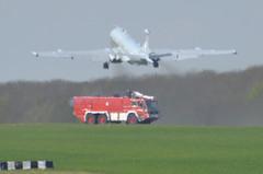 27th April 2010 Bruntingthorpe (rob  68) Tags: last mr wing landing final april mr2 raf hawker hs 27th 2010 nimrod kinloss siddeley bruntingthorpe xv226