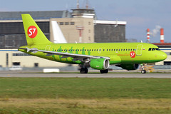 S7 Airlines, VP-BHP, Airbus A319-114 (Anna Zvereva) Tags: plane airport aviation airbus boeing spotting dme domodedovo  uudd