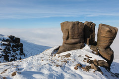Boxing Glove Stones (RD400e) Tags: winter mist snow fog canon walking eos is derbyshire kinder edge mk2 5d usm ef peakdistrictnationalpark f4l 24105mm