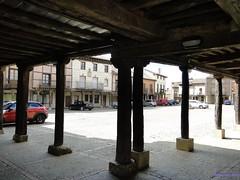 Saldaa (santiagolopezpastor) Tags: plaza espaa square spain medieval plazamayor espagne middleages castilla palencia castillaylen provinciadepalencia