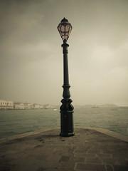 Venecia (Leandro Fridman) Tags: faro agua nikon laguna venecia d60