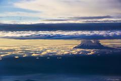 EL Volcn Cayambe entre las nubes (Romulo fotos) Tags: quito ecuador nubes montaas volcanes aerea romulomoyaperalta