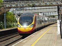 Virgin 'Pendolino' passes Leighton Buzzard (23/5/16) (*ECMLexpress*) Tags: west coast trains class virgin emu buzzard leighton 390 pendolino wcml