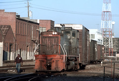 The Ground Guy, 4 Shots of Him (railfan 44) Tags: southernpacific