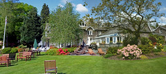 Gardens in bloom (quintinsmith_ip) Tags: flowers grass hotel grasmere grounds wordsworth wordsworthhotelandspa