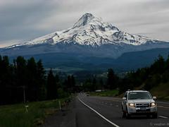 Hood River Valley (Noble Silence) Tags: usa oregon mounthood hoodrivervalleyoregon highway35oregon