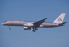 395dx - American Airlines Boeing 757-223; N630AA@LAX;11.02.2006 (Aero Icarus) Tags: california plane aircraft lax flugzeug avion slidescan losangelesinternationalairport