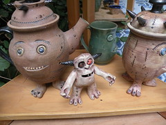 Oregon Country Fair 2016 (rooftop65) Tags: whimsy pottery critters oregoncountryfair craftbooth
