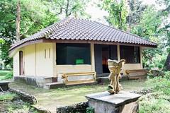 Palembang (18) (M Arief Wibowo) Tags: museum river temple bukit palembang musi candi tinggi astano karanganyar kedaton sriwijaya gedong srivijaya siguntang gumpung