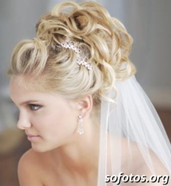 Penteados para noivas 197