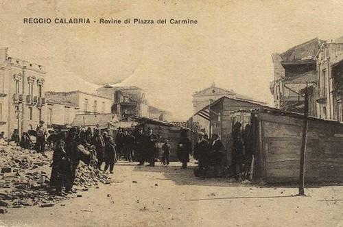 Reggio-Calabria-1908-Rovine-Piazza-del-Carmine-_w