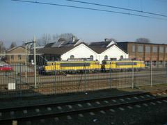 1622 + 1625 - railion - tb - 18208 (Benz Fahrer) Tags: ns 1600 tilburg nedtrain sloop railion schade terzijde 1622 werkplaats 1625