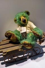 Mekare Bears Green Ron (mekare_nl) Tags: handmade bears mohair mekare mekarebears