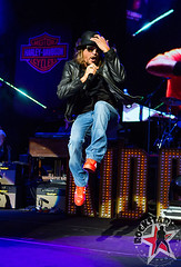 176032254SL020_Kid_Rock_And