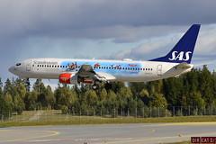 SAS LN-RCY, OSL ENGM Gardermoen (Inger Bjørndal Foss) Tags: norway airplane sas osl gardermoen lnrcy