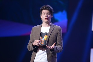 Nick D'Aloisio on stage at CES 2014