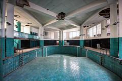 Piscine Art-Déco (UrbexGround) Tags: art piscine déco wwwurbexgroundfr