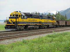 Pair of GP40-2, Alaska Railroad (Prairie Star) Tags: train gm tracks trains locomotives alaskarailroad 3008 3005 gp402 sewardalaska emdgp402 trainsonly