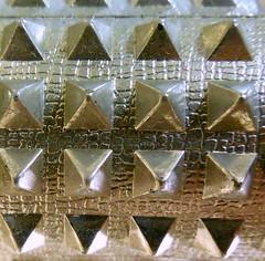 Aluminum  MacroMondays (smacss) Tags: color macro triangle aluminum pyramid roller shape macromondays