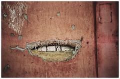 Улыбка многоэтажки (строительное) (Towy-Yowy) Tags: olympus mjuii μmjuii agfa стройка дом энергодар energodar улыбка пленка 135 film