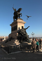 Venice 2014 (Richard Mills) Tags: classic statue pigeons equestrian wingedlion venicegallery