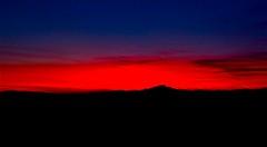 "al calare della ... sera ("" paolo ammannati "") Tags: sunset sun raw tramonto siena toscana sole 1001nights valdorcia tuscny paoloammannati"