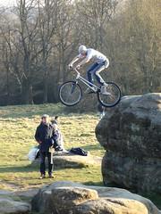 Jumper (PennePillswiggerII) Tags: rocks jumper basejumping plummet seatlessbike