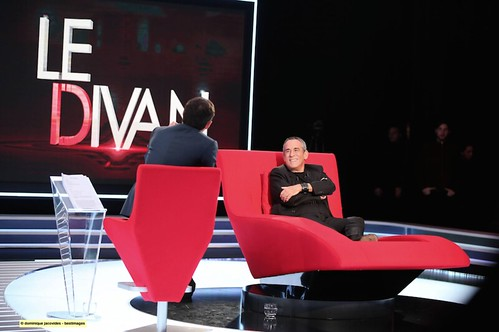 le divan de marc-olivier fogiel. thierry ardisson. feb. 10th 2015. 23h (22:00 gmt). france 3
