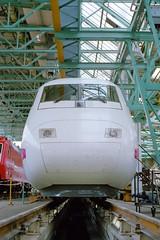 InterCityExperimental (jo.schz) Tags: ice train experimental 1987 engine zug db workshop repair locomotive highspeed freimann 410 elok baureihe ausbesserungswerk hochgeschwindigkeit triebkopf icev