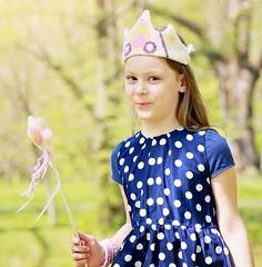 Let your little lady shine at her next photo shoot! (jumatahandmade) Tags: felted handmade waldorf crown magicwand birthdayhat princesscrown