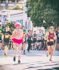 Bay to Breakers 2016 (CarbonNYC [in SF!]) Tags: sf costumes man race costume running runners runner tutu leggings baytobreakers bay2breakers pinktutu