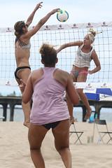 AF9I8160_dpp (ed_b_chan) Tags: ca usa beachvolleyball northamerica volleyball manhattanbeach centralamerica probeachvolleyball outdoorvolleyball usav norceca beachdoubles norcecaqualifier andcaribbean