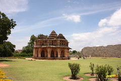 Lotus Mahal in Zenana enclosure, Hampi (Trayaan) Tags: travel india monument worldheritagesite historical karnataka hampi vijayanagar incredibleindia vijayanagara vijayanagarastyle indianhistoricalarchitecture karnataempire vijayanagaratemplearchitecture vijayanagaratemplearchitectur