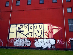 Graffiti in Copenhagen 2016 (kami68k []) Tags: up birds copenhagen graffiti illegal roller kopenhagen bombing throw throwup jup 2016 aws spyo