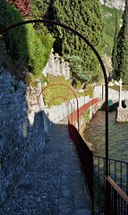 Lovers Walk - Varenna - Lake Como - Italy (Gilli8888) Tags: trees italy lake gardens flora path curves walkway lakecomo lombardia varenna lombardy loverswalk