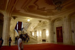 Inside the Vast Palace of the Parliament (y entonces) Tags: stair staircase romania marble bucharest palatulparlamentului palaceoftheparliament