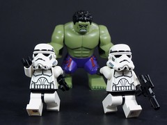 RUN!!! (MrKjito) Tags: storm trooper star cross lego over wars minifig hulk marvel avengers minifg