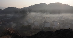 P3050476new (klausen hald) Tags: china morning mist mountain fog sunrise landscape countryside village outdoor country mountainside morningmist wuyuan shicheng