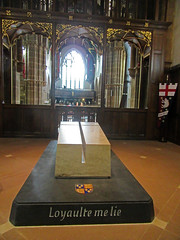 Richard III's tomb (Dun.can) Tags: king cathedral leicester tomb motto boar richardiii 1485 leicestercathedral loyaultemelie loyaltybindsme