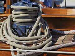 Cabos (Manuel Chagas) Tags: cabos ropes boar yacht sailyachts veleiro barcovela em1 omd olympusem1 manuelchagas zuiko zuikoom vintagelens manualfocus zuikoom50mmf18 peniche penicheharbour iate olympus