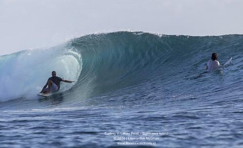 Surfing in Lakey peak - Sumbawa island