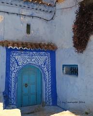 Un rincn en las calles de Chefchaouen-Marruecos. (lameato feliz) Tags: color azul chefchaouen maruecos