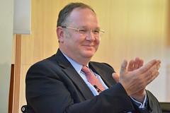 Wirtschaftsforum der SPD e.V. Niedrigzinsen und ihre Folgen: Operation gelungen, Patient tot?