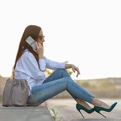 Me vuelven loca, estos zapatos Louboutin So Kate son lo ms!!! y con estos jeans de @meltinpotcompany quedan ideales.Si os gustan, tenis todas las fotos y detalles en el blog I'm totally in love with them... These So Kate are amazing! And they work per (WOWS_) Tags: beauty fashion moda belleza streetstyle