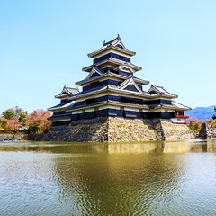 Matsumoto Castle (astrowym) Tags: castle water japan canon wooden stonework matsumoto nagano nationaltreasure 16thcentury 600d hirajiro